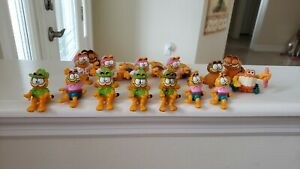 Lot of Vintage 18 Mixed Garfield Happy Meal Kids Toys, 1980s