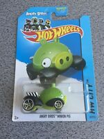 HOT WHEELS HW CITY ANGRY BIRDS ANGRY MINION PIG