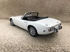 AUTO ART  Toyota 2000GT (White) 1:18TH Scale DIECAST COLLECTIBLE DISPLAY