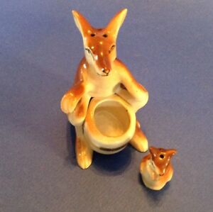 Salt And Pepper Shakers - Hand Painted Kangaroo With Baby Joey In Pouch - Japan