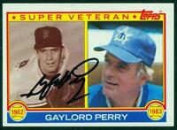 Original Autograph of Gaylord Perry HOF of the Mariners on a 1983 Topps