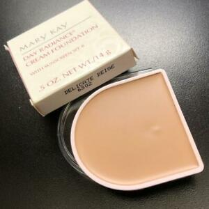 Mary Kay DELICATE BEIGE Day Radiance Cream Foundation NEW Rare