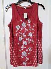 NWT MAURICES Light RED FLORAL Lace Panel Blouse Size Medium - MSRP $29