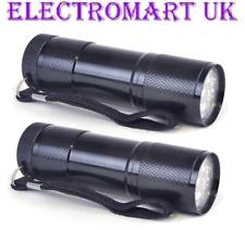 2 x 9 DEL Ultra Lumineux Metal Metallique torche noir, inclut des piles