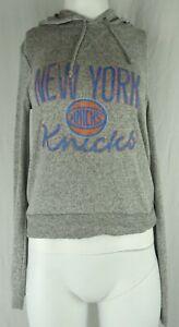 New York Knicks NBA Fanatics Women's Light Weight Pullover Hoodie