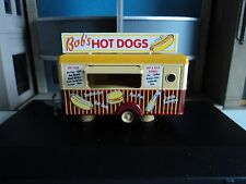 Oxford  Food  Trailer 1/87  HO    Bob's Hot Dogs     diecast