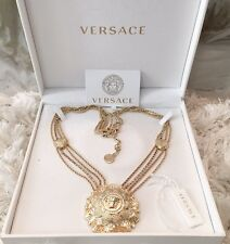 Stunning NWB Versace Gold Medusa Flower Pendant Crystal Chain Necklace