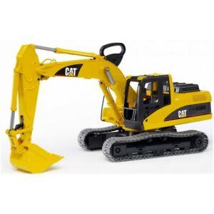 Bruder Toys Caterpillar Excavator CAT cab swivel NEW