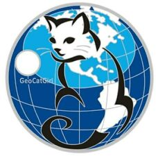 Pathtag  18674  -   Cats  Rule    -geocaching/geocoin/alt.  *Retired*