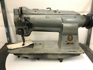 SINGER 211W151  HEAVY DUTY  UPHOLSTERY  NEEDLE FEED   INDUSTRIAL SEWING MACHINE