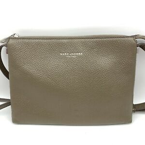 Marc Jacobs Pebbled Taupe Gray Leather Crossbody Bag Purse Excellent!!