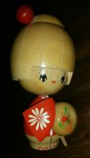 """Vintage Kokeshi 6.5"""" Wood Girl Geisha Doll Wood Tone, Red & Orange Paint Signed"""