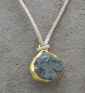 """LOU ZELDIS 22K YELLOW GOLD PENDANT NATURAL BLUE SAPPHIRE GEMSTONE WITH 26"""" CORD"""