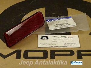 Bumper Reflector Rear Right Jeep Grand Cherokee 99-04 55155788AA Genuine Mopar