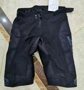 Shorts pants model DBX 4.0 for downhill and motocross