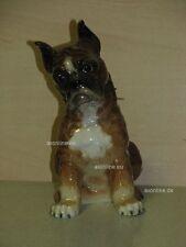 +# A015786_42 Goebel Archiv Muster Hund Dog Boxer sitzend CH602 Plombe