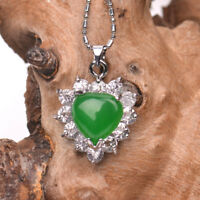 Fashion emerald green jade inlaid female pendant