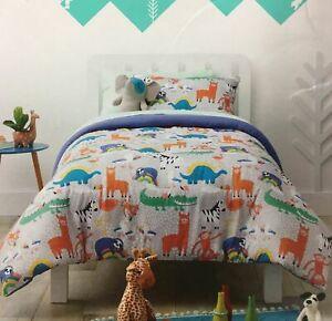 Pillowfort Gray Animal Adventure Full Queen Comforter Set, 3 Piece