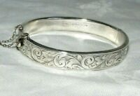 VINTAGE 1961 STERLING SILVER BANGLE BRACELET ETCHED DECORATION JOSEPH GLOSTER