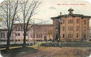 H63/ Greenville Michigan Postcard c1910 High School Building 30