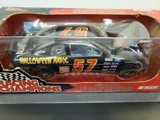 1996 JEFF GORDON #24 DUPONT DIECAST NASCAR 1:18 RACING CHAMPIONS STOCK CAR