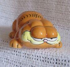 GARFIELD Vintage ENESCO Ceramic Figurine - Crouching