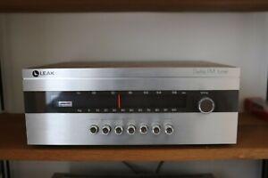 "1970's Excellent Leak ""Delta 30"" FM Tuner"