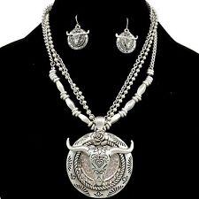 Premium Western Vintage Longhorn Rhinestone Silver Edition Necklace Earring