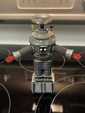 1997 Trendmasters Lost In Space Robot Battery Operated 7� Figure