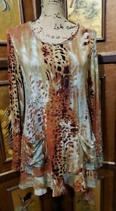 LOGO Lori Goldstein Sz S Long Sleeve Animal Print Tunic Top Pockets Flutter Hem