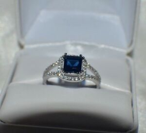 2.76ct. BLUE & WHITE AAA SAPPHIRE SET IN STERLING SILVER STATEMENT RING