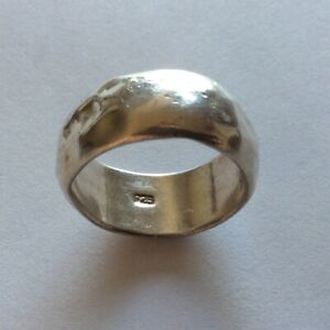 VINTAGE MENS STERLING SILVER RING HAND HAMMERED HOLLOW SIZE 9 4.48 Grams
