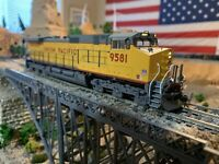 HO Scale Kato C44-9W Union Pacific #9581 UP Dash 9 with DCC, Detailed, Kadee Cup