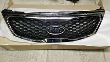 NEW OEM KIA SORENTO 2011-2013 FACTORY GRILLE ASSEMBLY - WITH NEW EMBLEM