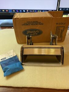 NOS E25y 5422404 A Door Handle Mustang Lincoln Town Car LH