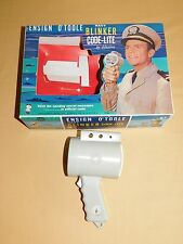 VINTAGE 1963 HASBRO TOY ENSIGN O'TOOLE NAVY COMPASS  BLINKER CODE-LITE IN BOX