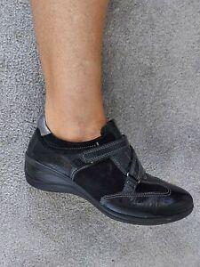 Ecco Ladies Black Patent Leather Trainers Shoes Size 4 / 37 pumps casual