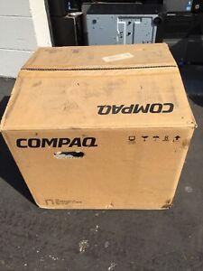 "Compaq S7500 17"" CRT VGA Computer Monitor New In box"