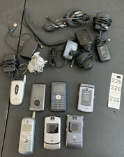 Vintage Lot of 7 Cell Phones flip Samsung, Lg Flip+keyboard, Motorola Razr