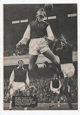 BILLY McCULLOUGH ARSENAL 1958-1966 ORIGINAL HAND SIGNED MAGAZINE PICTURE CUTTING