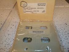 92022 Interchangeable Ivory Plastic Wallplate 4 Opening 2 Gang  Arrow Hart