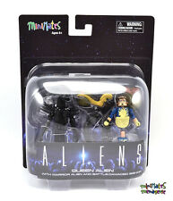 Aliens Minimates Deluxe Queen Alien with Warrior Alien & Battle Damaged Bishop