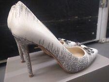 Coach shoes heels SZ10, light beige, grey color, classic pumps, leather