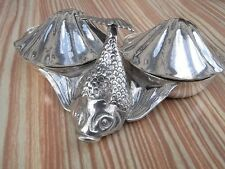 900 Silber punziert Muschel - Form - Schale mit Fisch Silver shell Fish