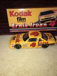 Ernie Irvan #4 Kodak Gold Film 1991 Chevrolet Lumina 1:24