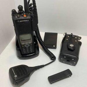 Motorola XTS5000 Portable Radio UHF H18QDH9PW7AN