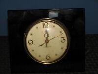General Electric Vintage Model #3H172 Black Onyx Art Deco Desk Clock - Working