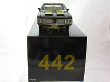 Acme 1970 Olds 442 Black w/Gold Stripes A1805607L