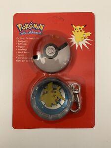NEW Pikachu Pokemon Tin Dangle Metal Pokeball Keychain 1999 Vintage