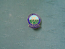 OLD LONDON TRANSPORT ROAD SERVICES BOWLING CLUB - ENAMEL BOWLS PIN BADGE FOWLER